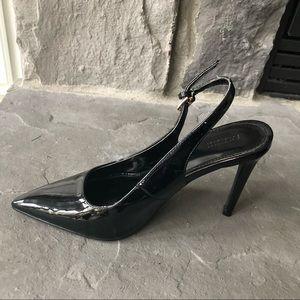 F21 Shiny black pumps